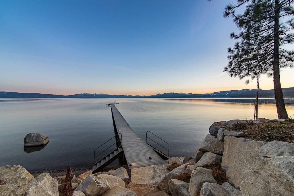 North-Lake-Tahoe-Lakefront-Pier