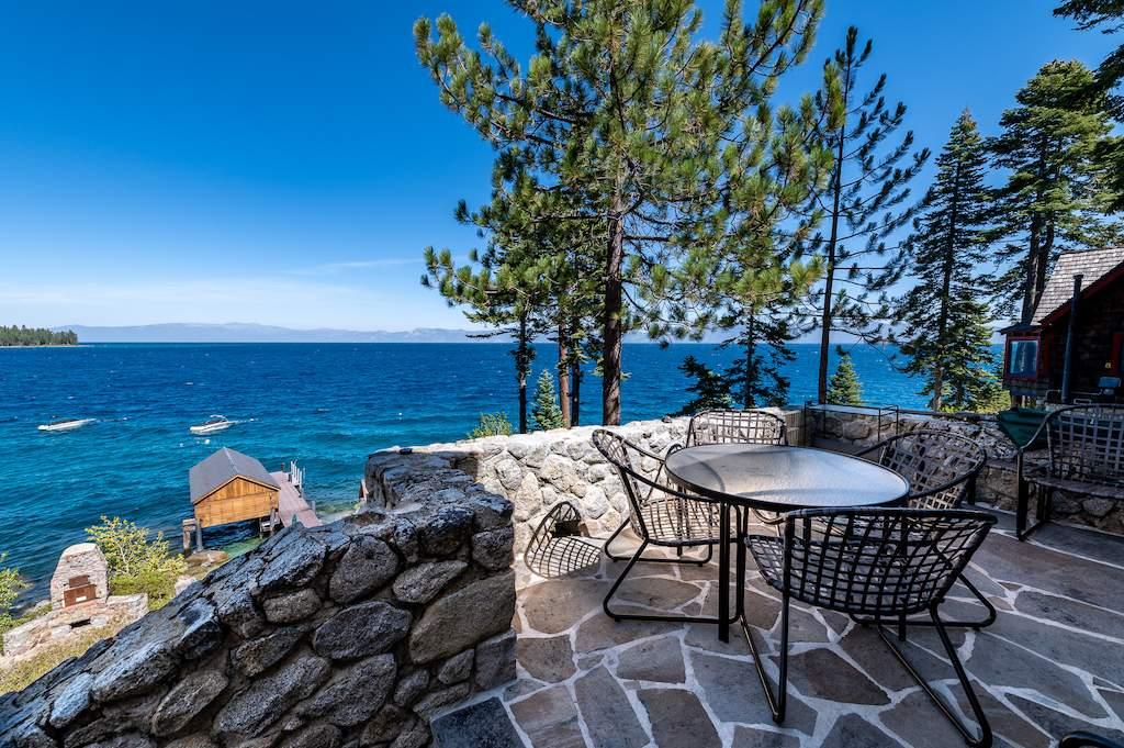 Old-Tahoe-Lakefront