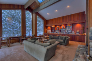 Gorgeous Home at 7800 River Road 7800 River Rd Truckee CA 96161-large-003-Great Room-1499x1000-72dpi